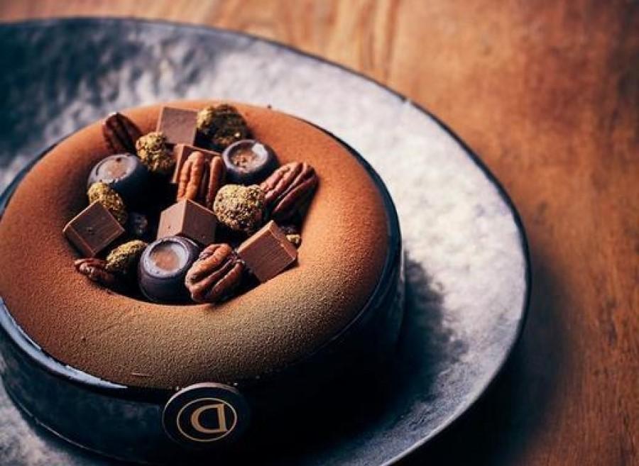 En partenariat avec La Librairie Gourmande, le Salon du Chocolat présente un espace dédié aux livres sur le chocolat et la pâtisserie.