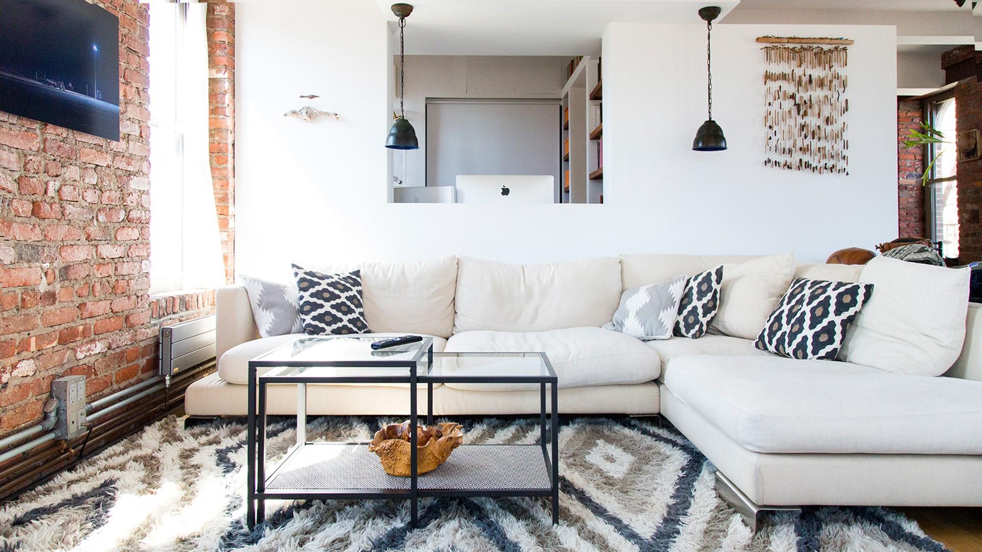 Des designs élégants comme celui-ci vous permettent de maintenir un décor intérieur très ouvert.