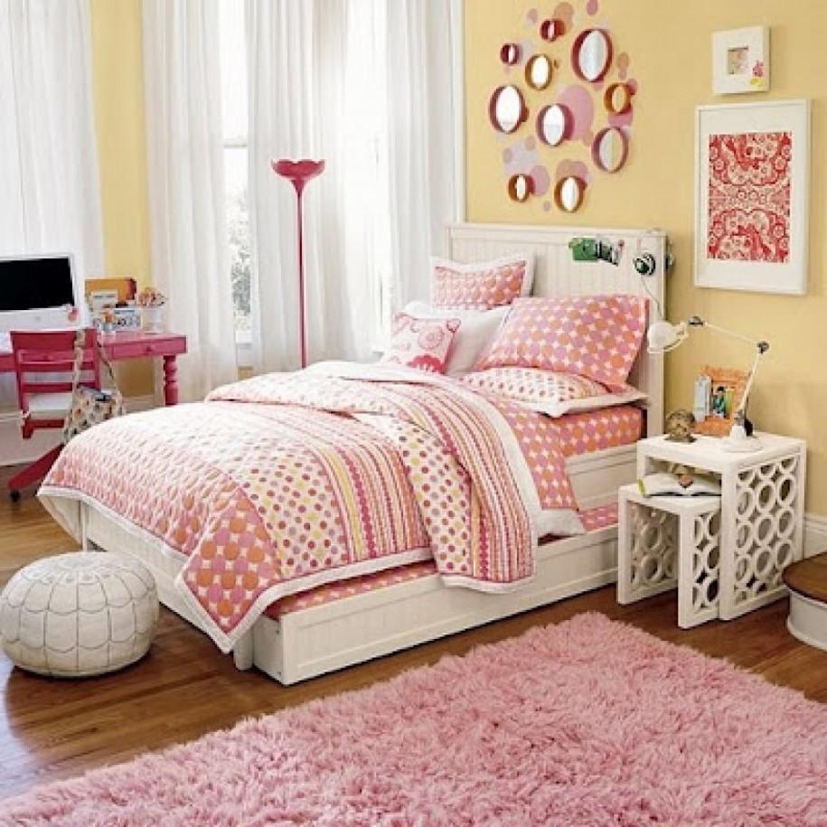 Apportez une touche d'élégance et de sophistication à votre chambre à coucher en échangeant votre table de chevet avec un ensemble de tables gigognes.
