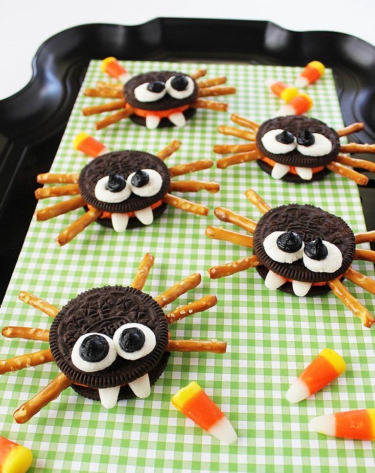 Regardez comme ces araignées sont mignonnes!