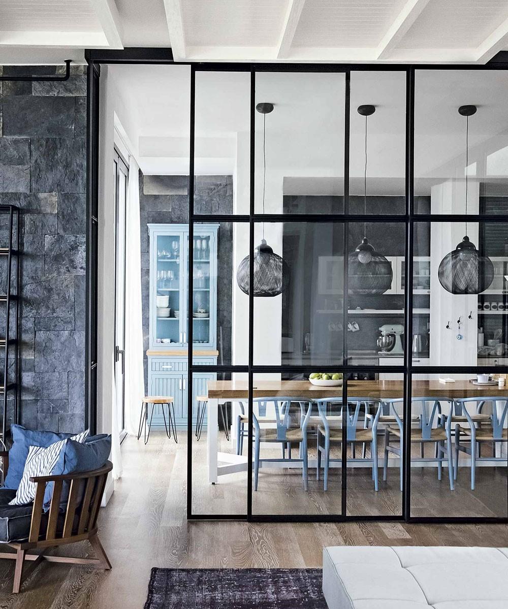 Bien qu'ils ne soient pas aussi nets que les murs de verre sans cadre, ils sont parfaits pour donner un effet spectaculaire.