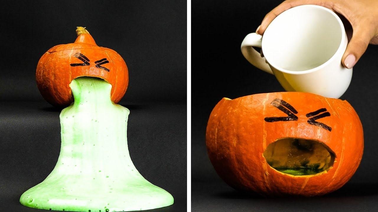 Mais Halloween peut être plus riche en traditions que n'importe quel autre jour férié.