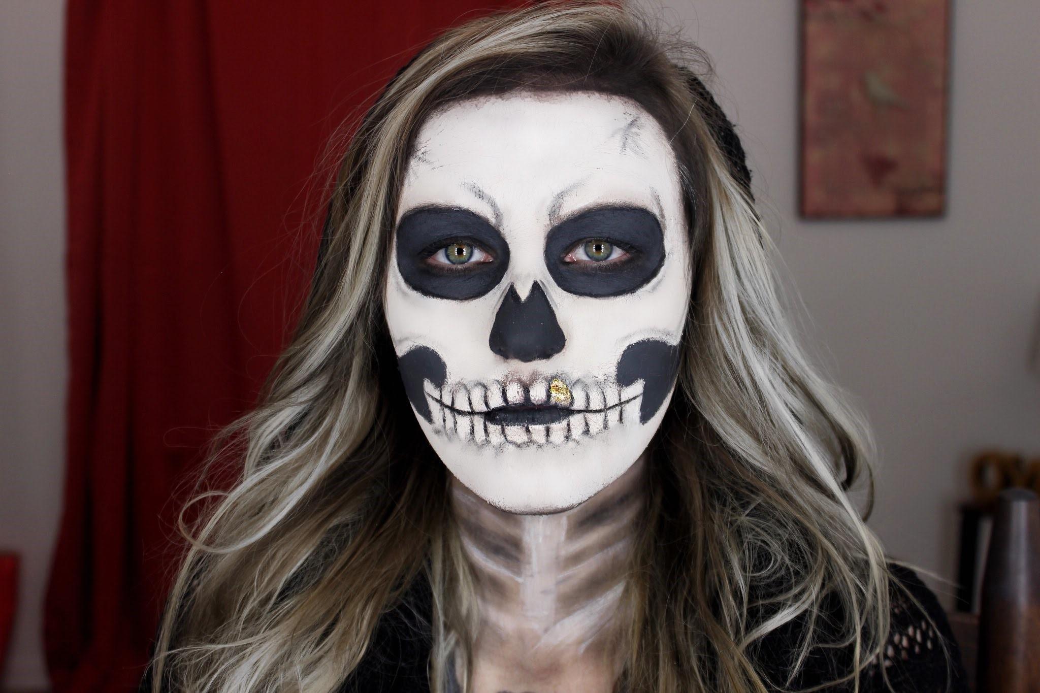 Au lieu de tomber dans un trou de lapin de tutoriels YouTube, consultez notre idée de maquillage de dernière minute pour Halloween.