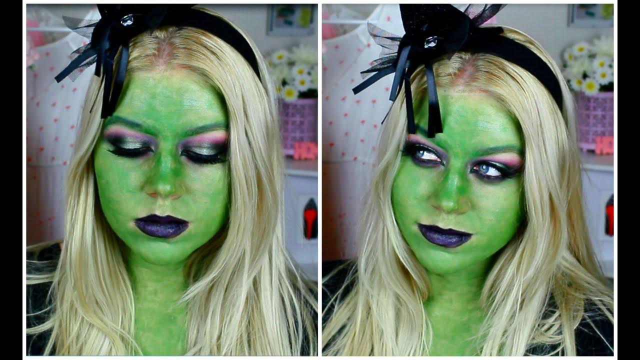 Il est très facile de faire un maquillage de sorcière verte à la maison