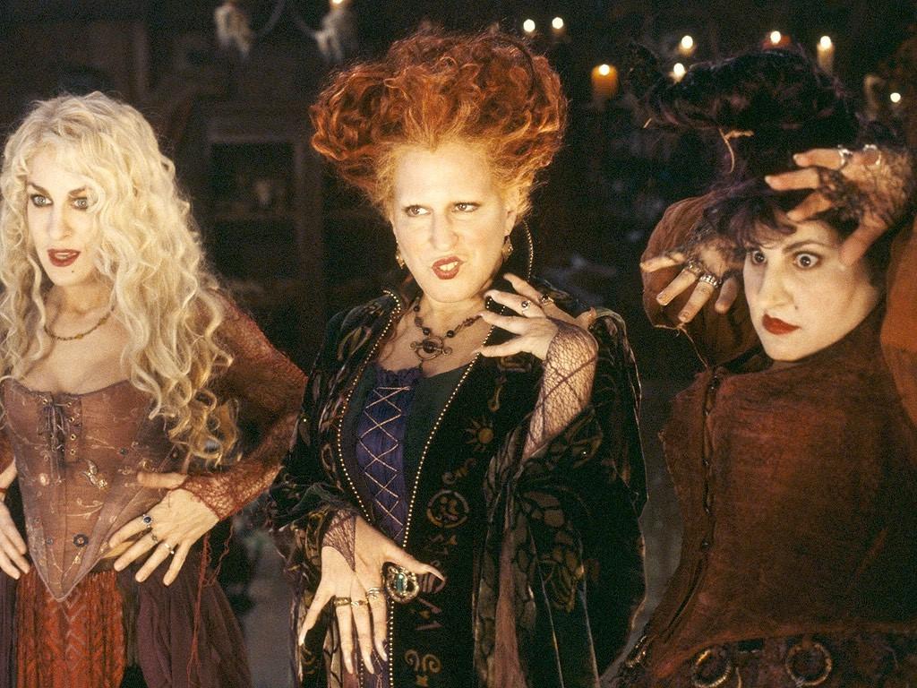 Les sœurs Sanderson sont un choix idéal pour vous et vos amies.