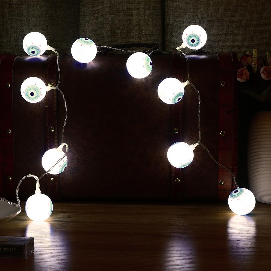 Un éclairage fantasmagorique - décoration à faire soi-même pour l'Halloween