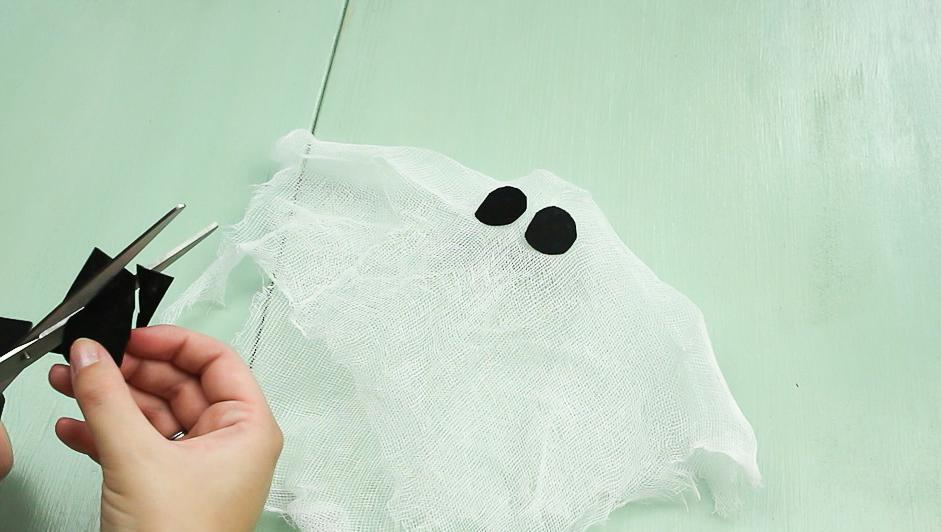 Tuto pour fabriquer soi-même un fantôme flottant d'Halloween