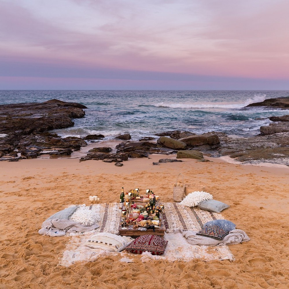 Planifiez un pique-nique spécial pour votre premier anniversaire de mariage.