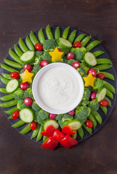 Couronne de légumes à base de brocoli et de haricots verts.