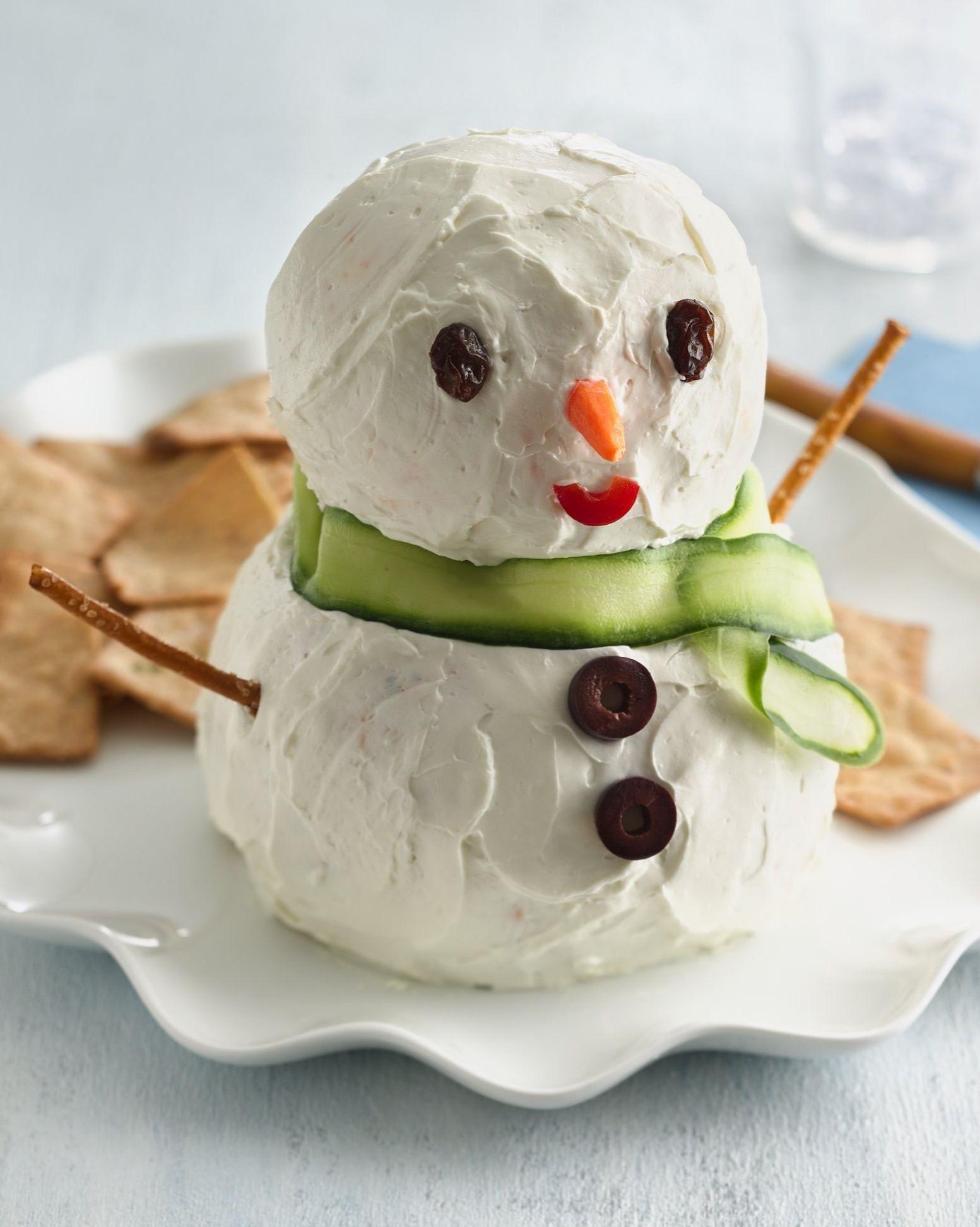 Bonhomme de neige fait de fromage à la crème.