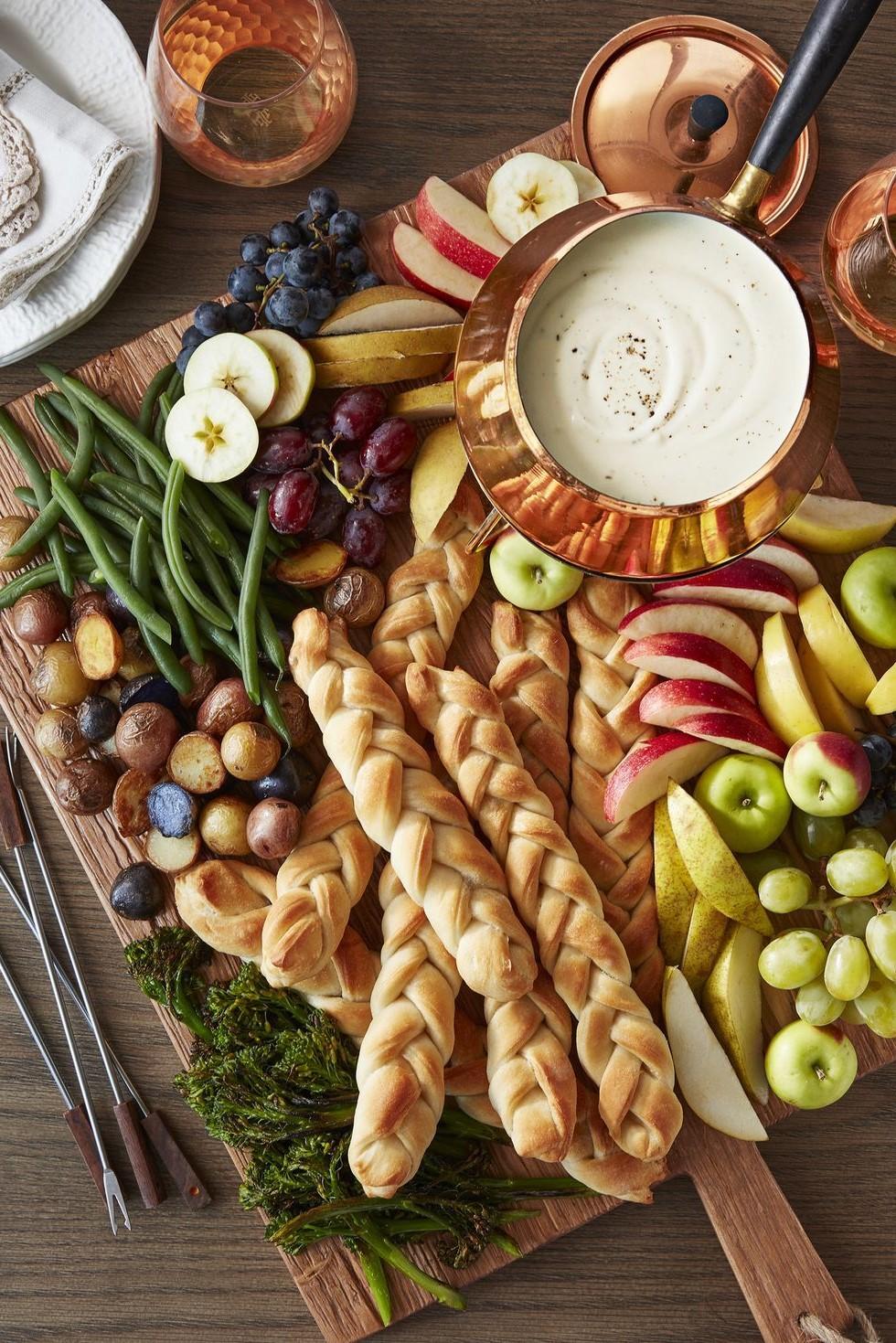 Fondue crémeuse aux fruits et légumes.