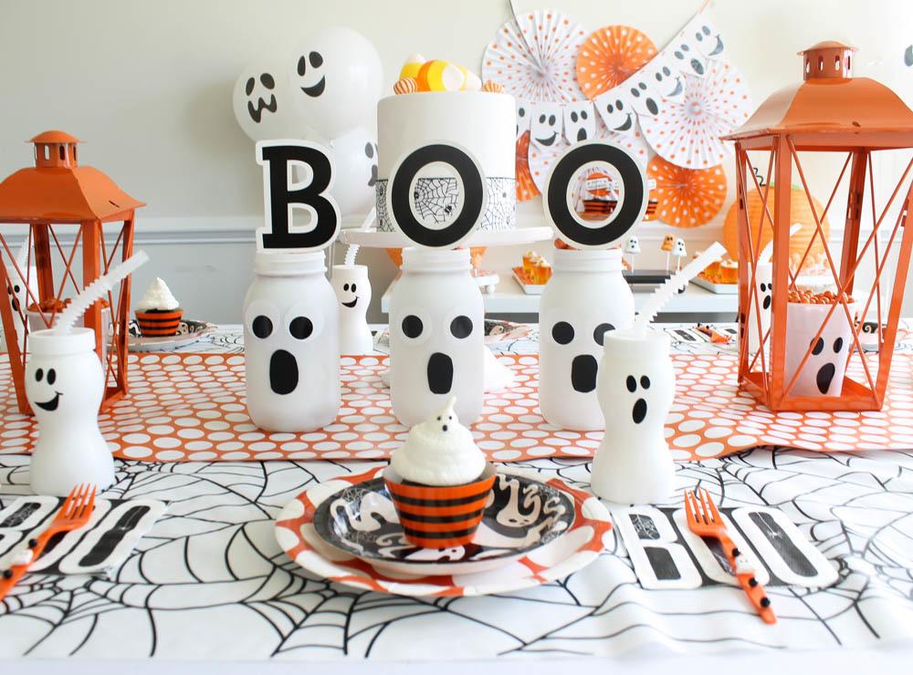 Comment fabriquer une jolie banderole en carton BOO pour Halloween