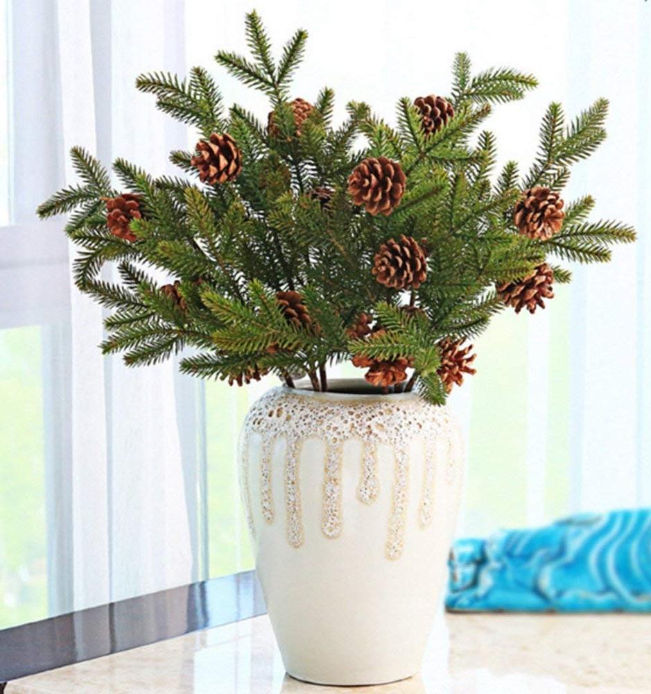 Décoration de Noël naturelle simple et élégante.