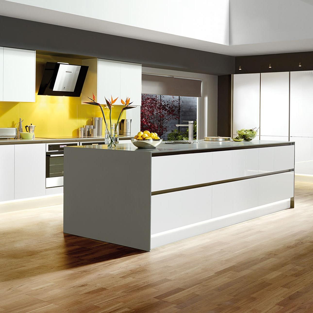 Si vous avez un îlot de cuisine, veillez à laisser un espace de circulation d'au moins 120 cm.
