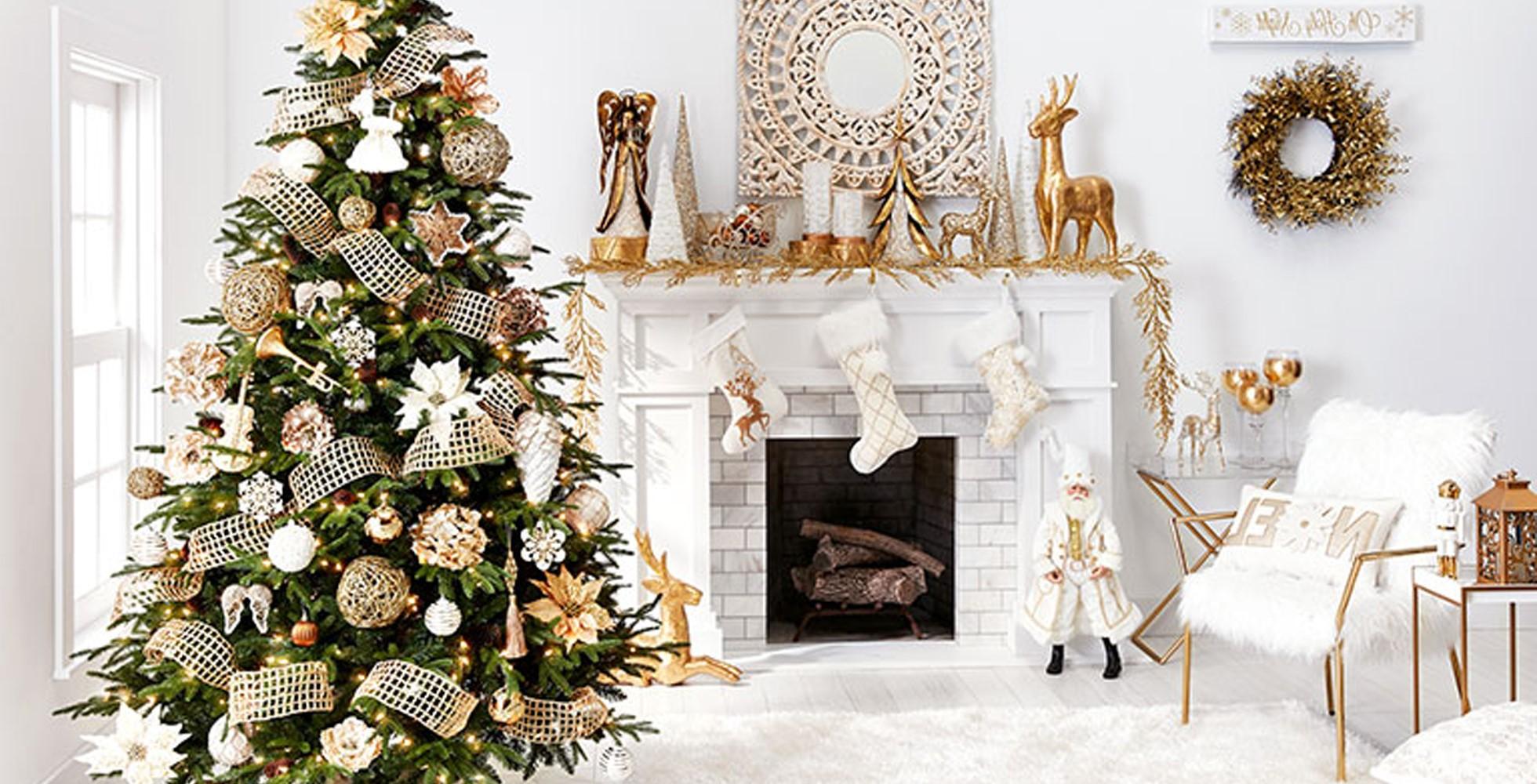 Idées de décoration de Noël en blanc, or et vert.