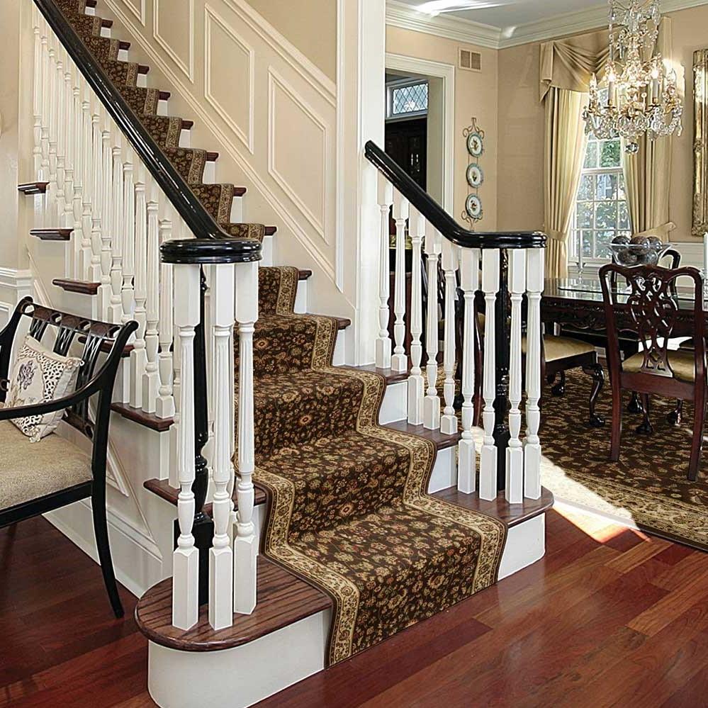 Un nouveau tapis changera totalement le look des escaliers!