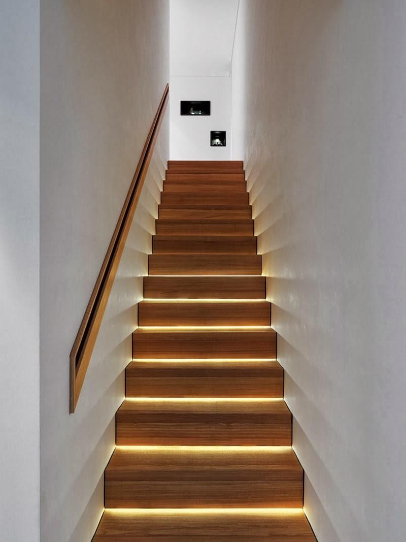Mais les œuvres d'art dans un escalier sont particulièrement significatives, car elles peuvent souvent être vues depuis de nombreuses pièces et niveaux d'une maison.