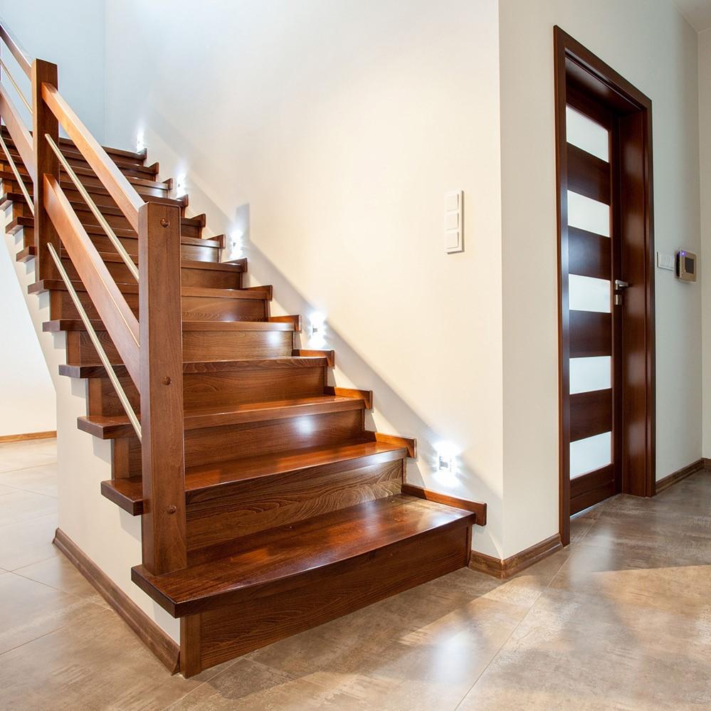 Donnez une nouvelle vie à vos escaliers en bois!