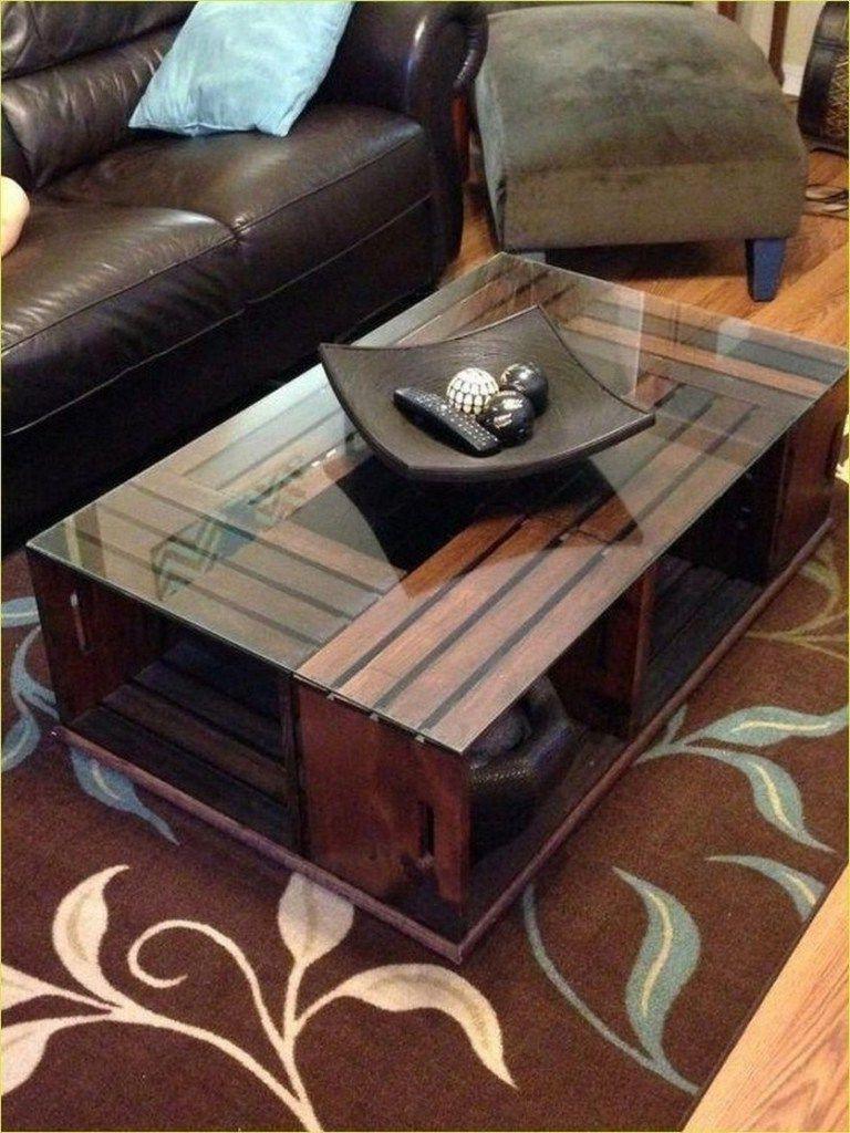 Fabriquez cette table basse industrielle mais confortable.