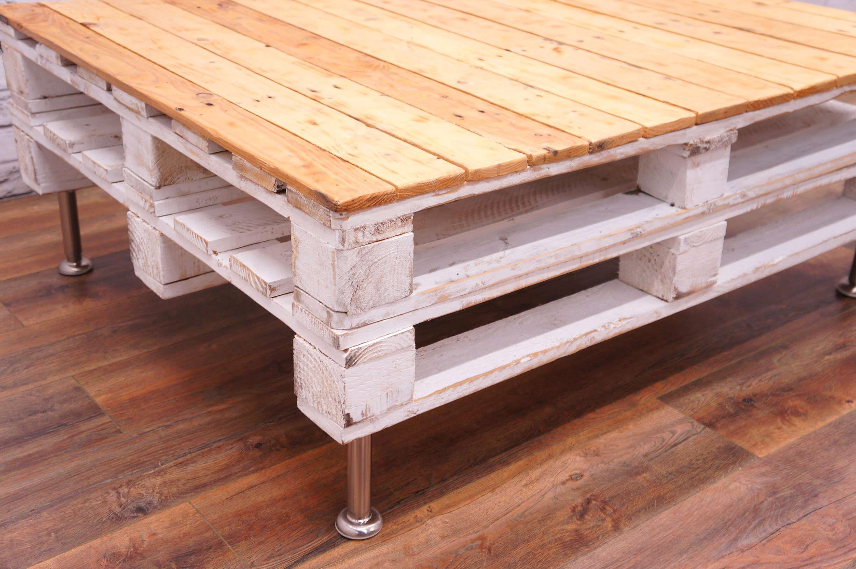 Ou vous pouvez laisser le bois non fini, si vous voulez ce style industriel.