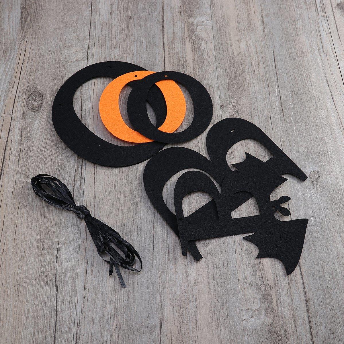 une jolie banderole en carton BOO de Halloween à fabriquer soi-même
