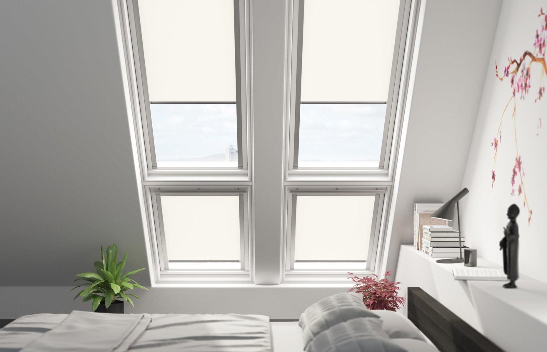 Si votre maison est neuve, le papier peint peut être un moyen efficace et peu coûteux d'ajouter du caractère à la chambre à coucher.