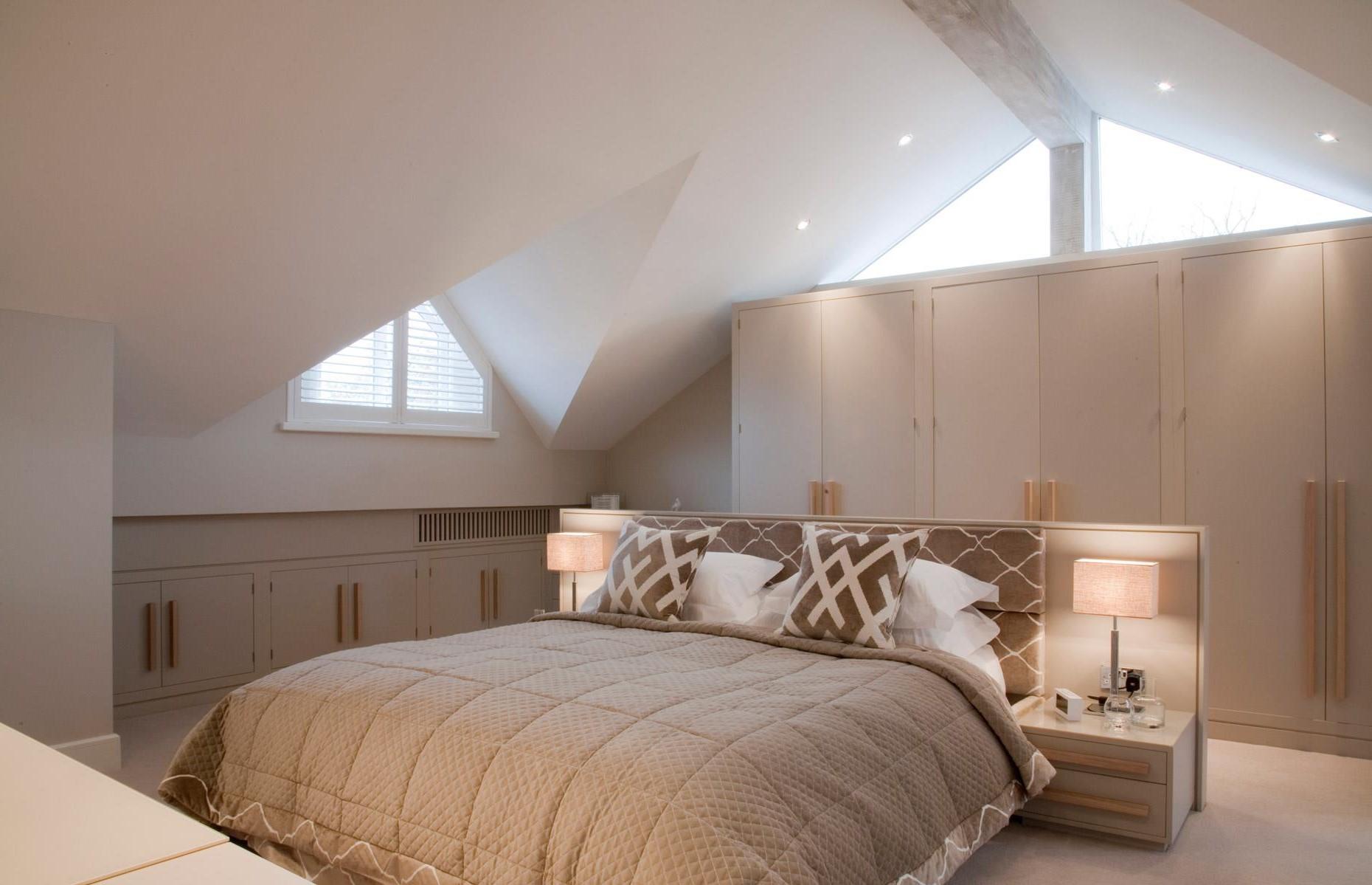 Aménagement sous combles: ces espaces peuvent encore s'avérer très utiles pour accueillir des invités, en particulier les plus jeunes.
