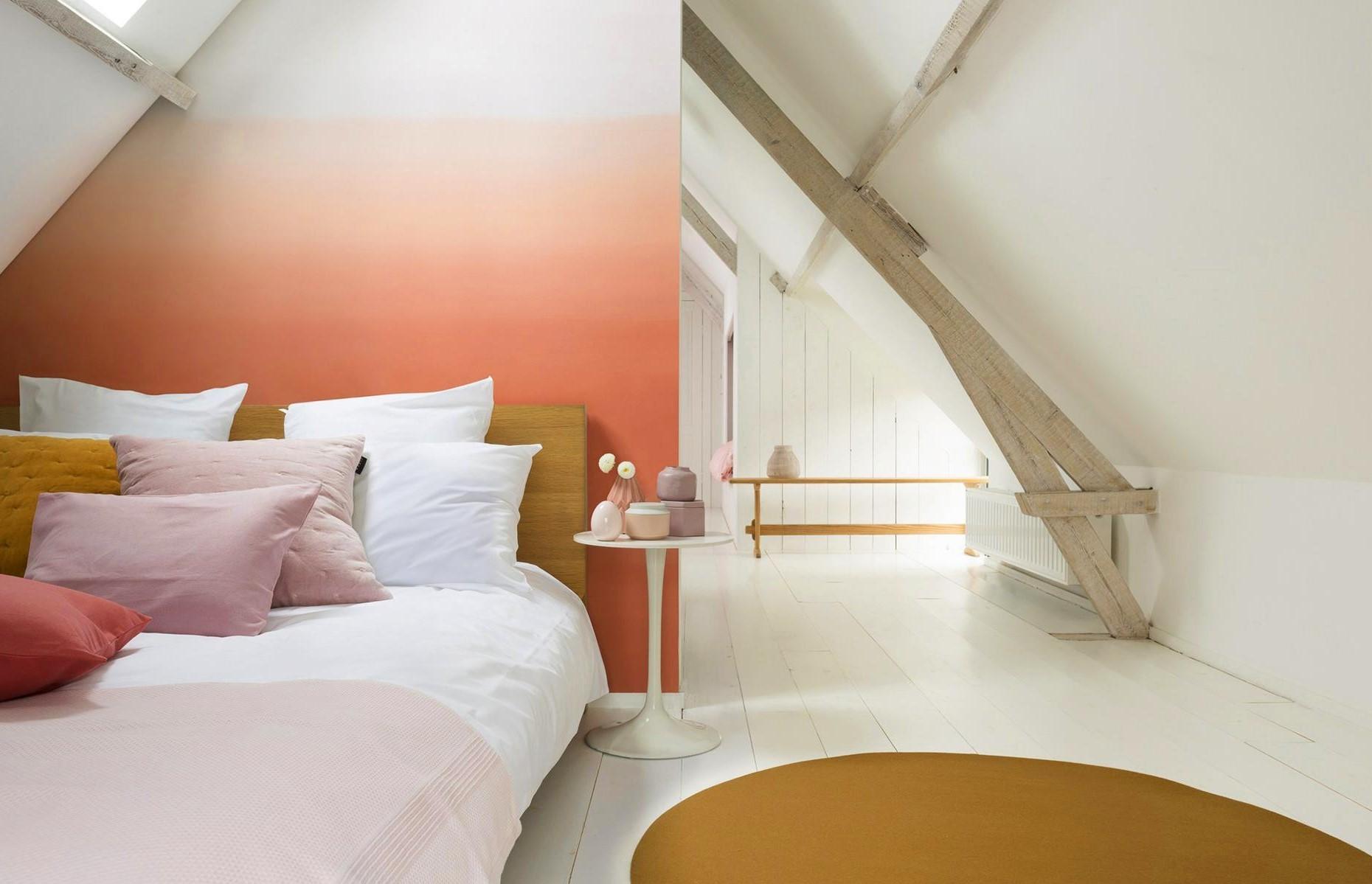 Pour une chambre à coucher ultra-contemporaine, optez pour des lignes épurées et minimalistes.