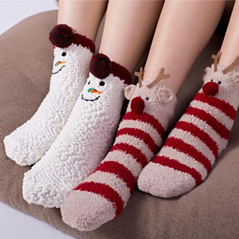 Cadeau de Noël pour fille: chaussettes duveteuses.