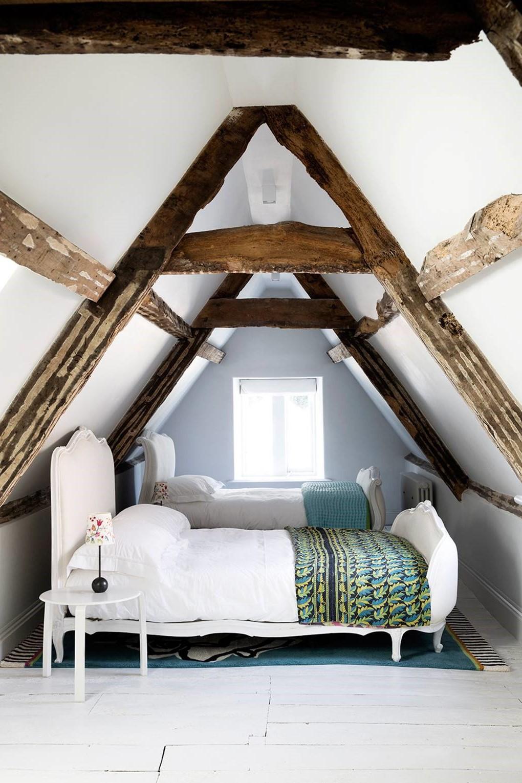Chambre sous comble: la chambre d'amis parfaite.