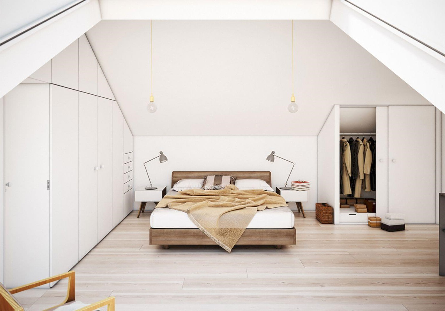 Chambre sous combles avec haut plafond.