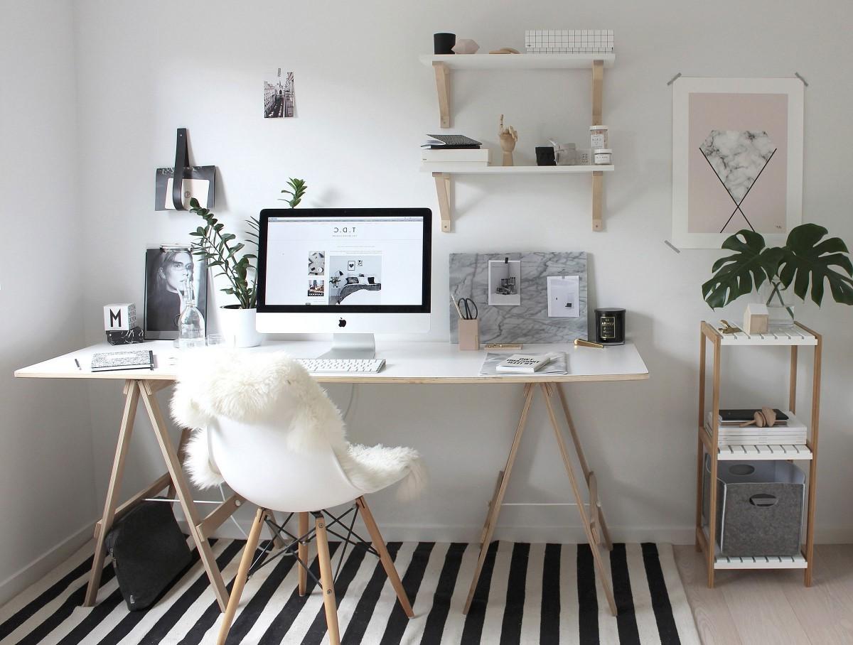 Plusieurs études ont montré que la personnalisation de nos espaces, en particulier dans un bureau ouvert, nous aide à mieux faire face aux distractions et au stress.