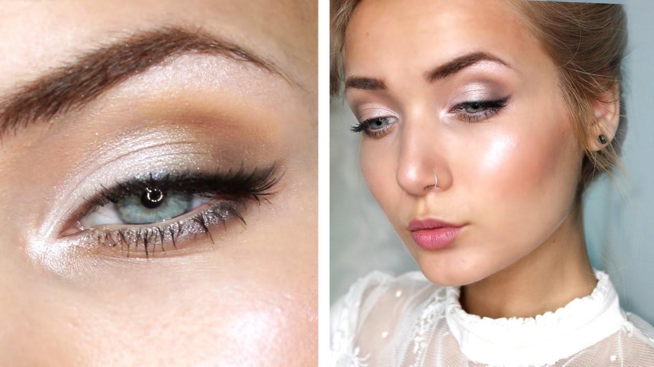 Pour ceux qui ont les yeux d'un vert plus clair, optez pour un maquillage de mariée naturel.