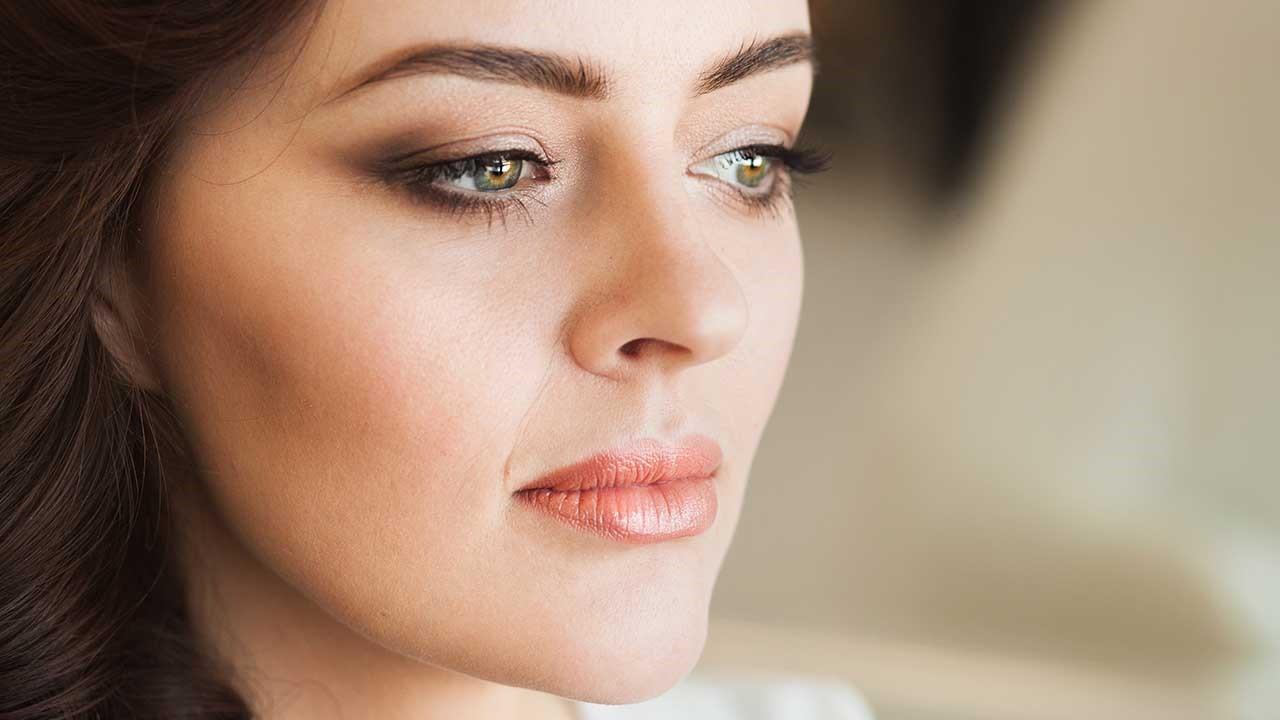 Le meilleur maquillage de mariage pour yeux vertes.