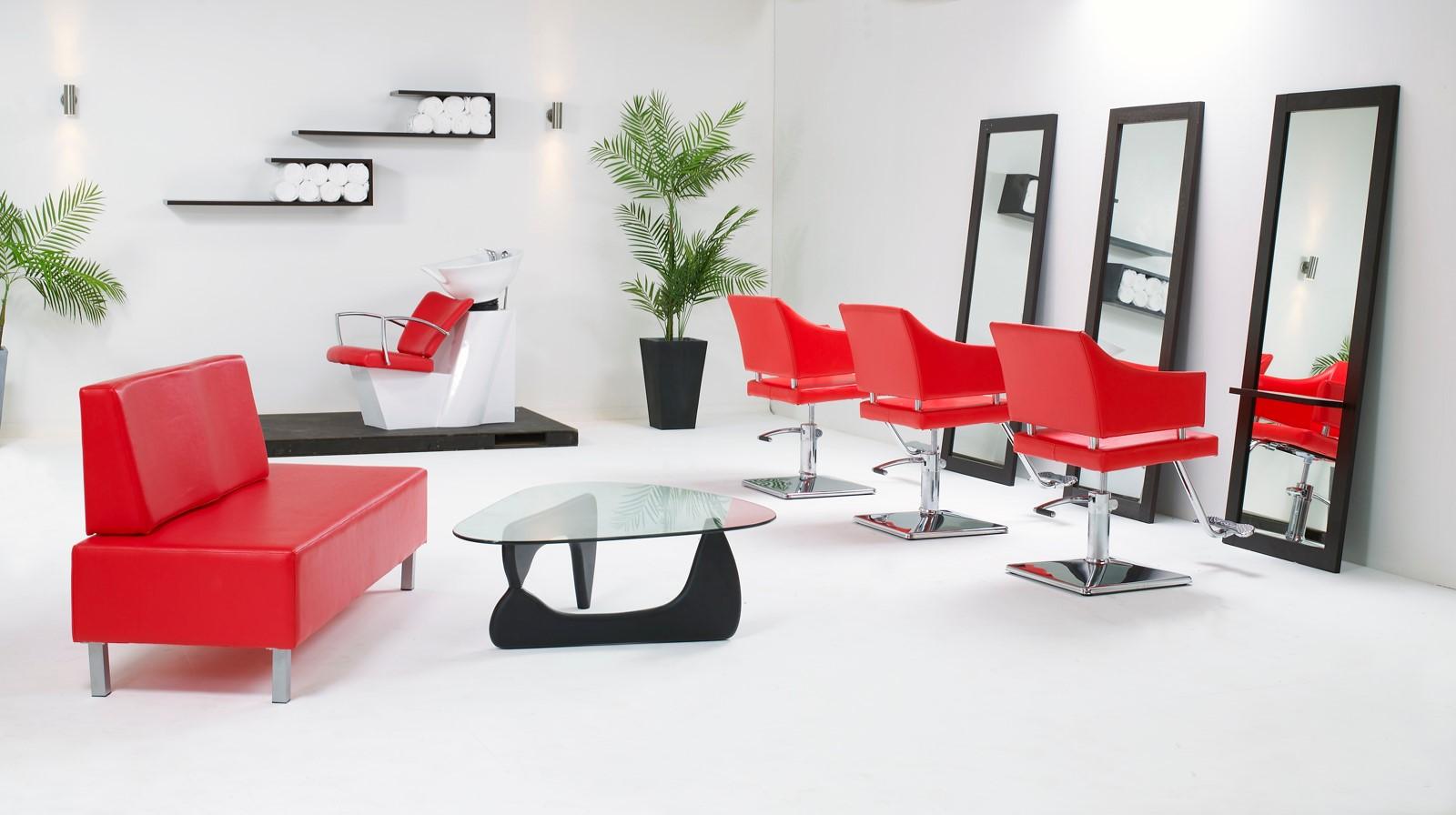 Vous verrez comment le style et l'apparence modernes de votre salon de coiffure attireront plus de clients.