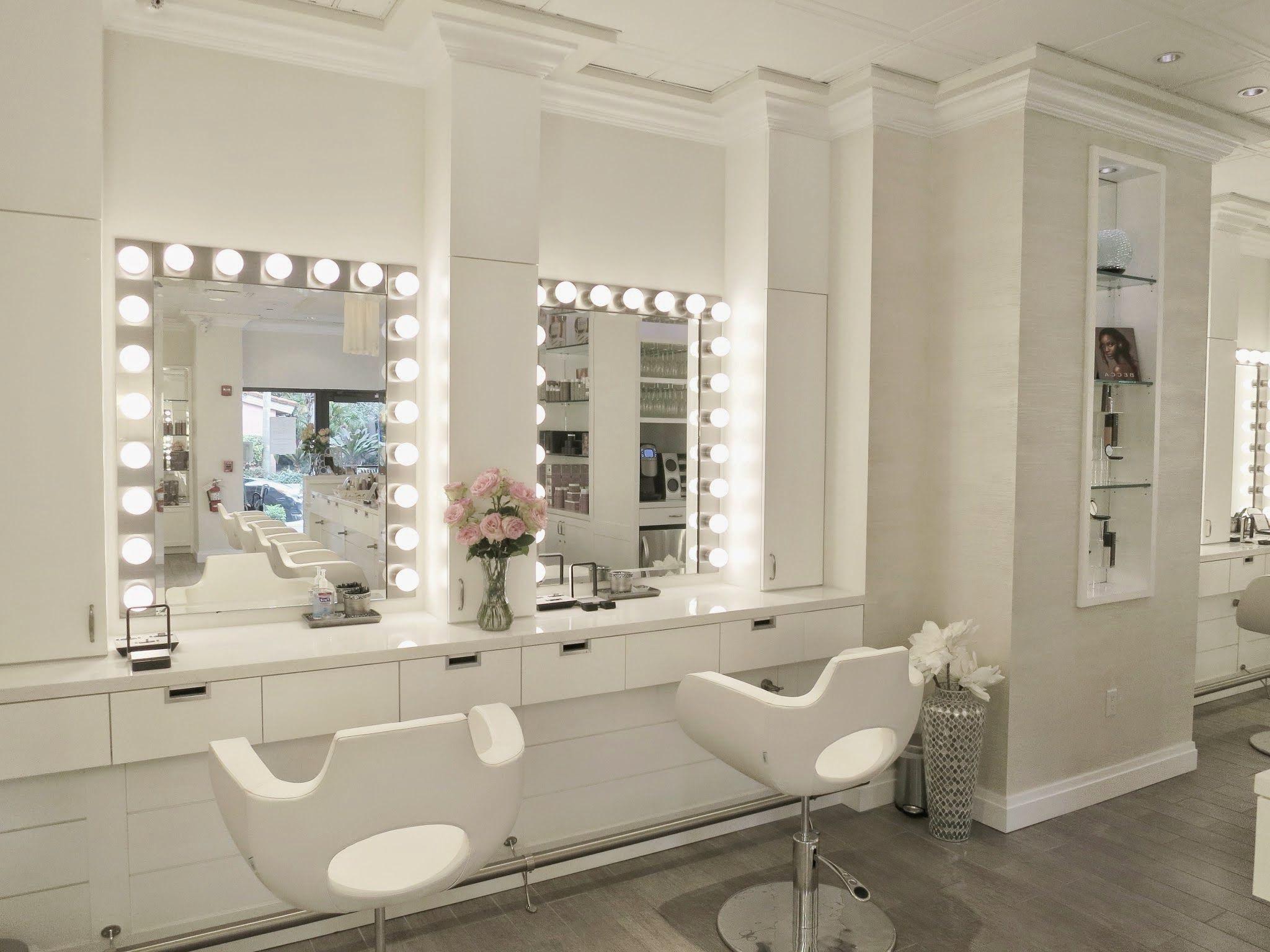 Si le client regarde dans un miroir et n'aime pas ce qu'il voit, il ne sera pas satisfait de votre service.