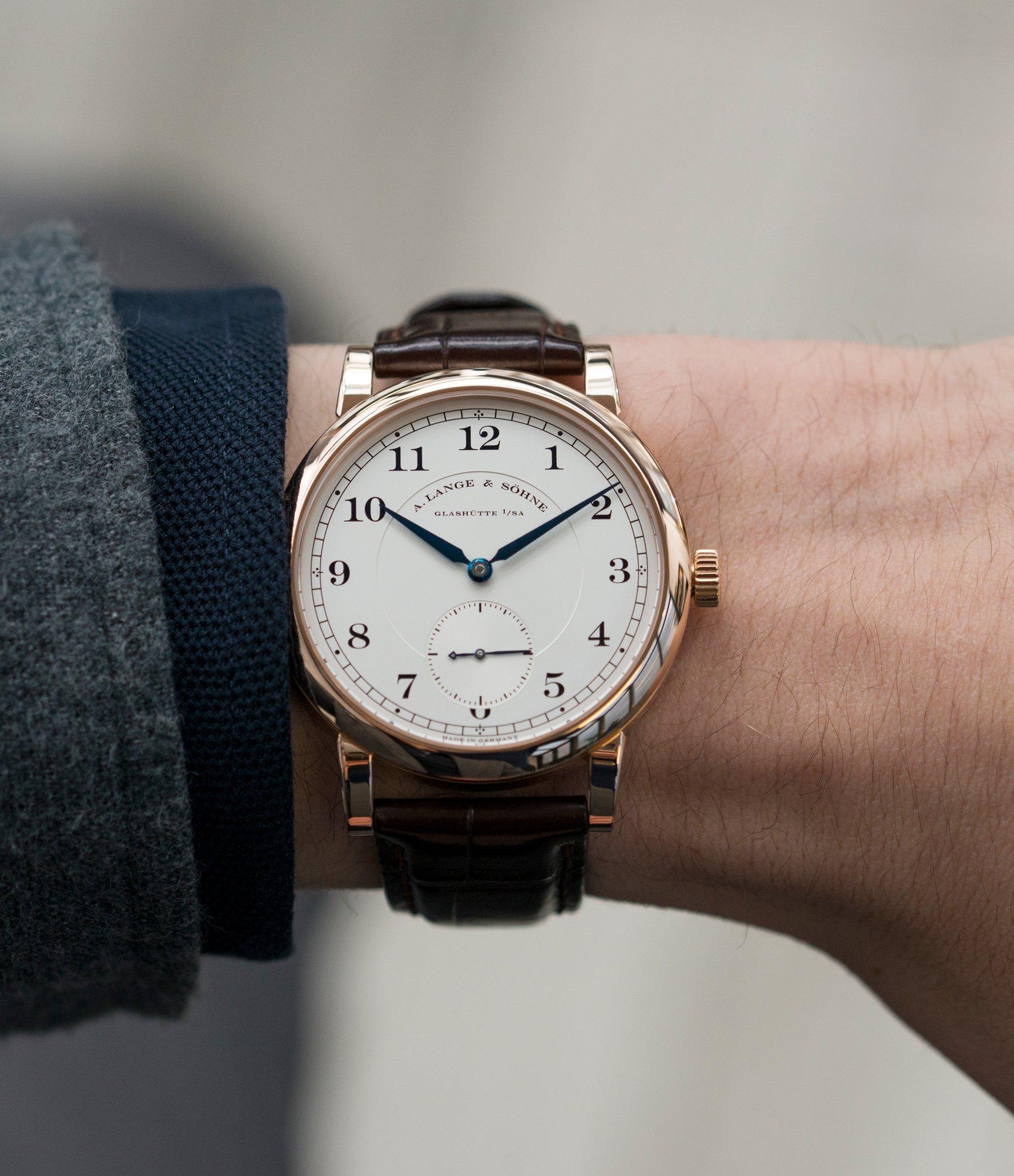 Voyez le top 100 des montres de luxe pour homme.