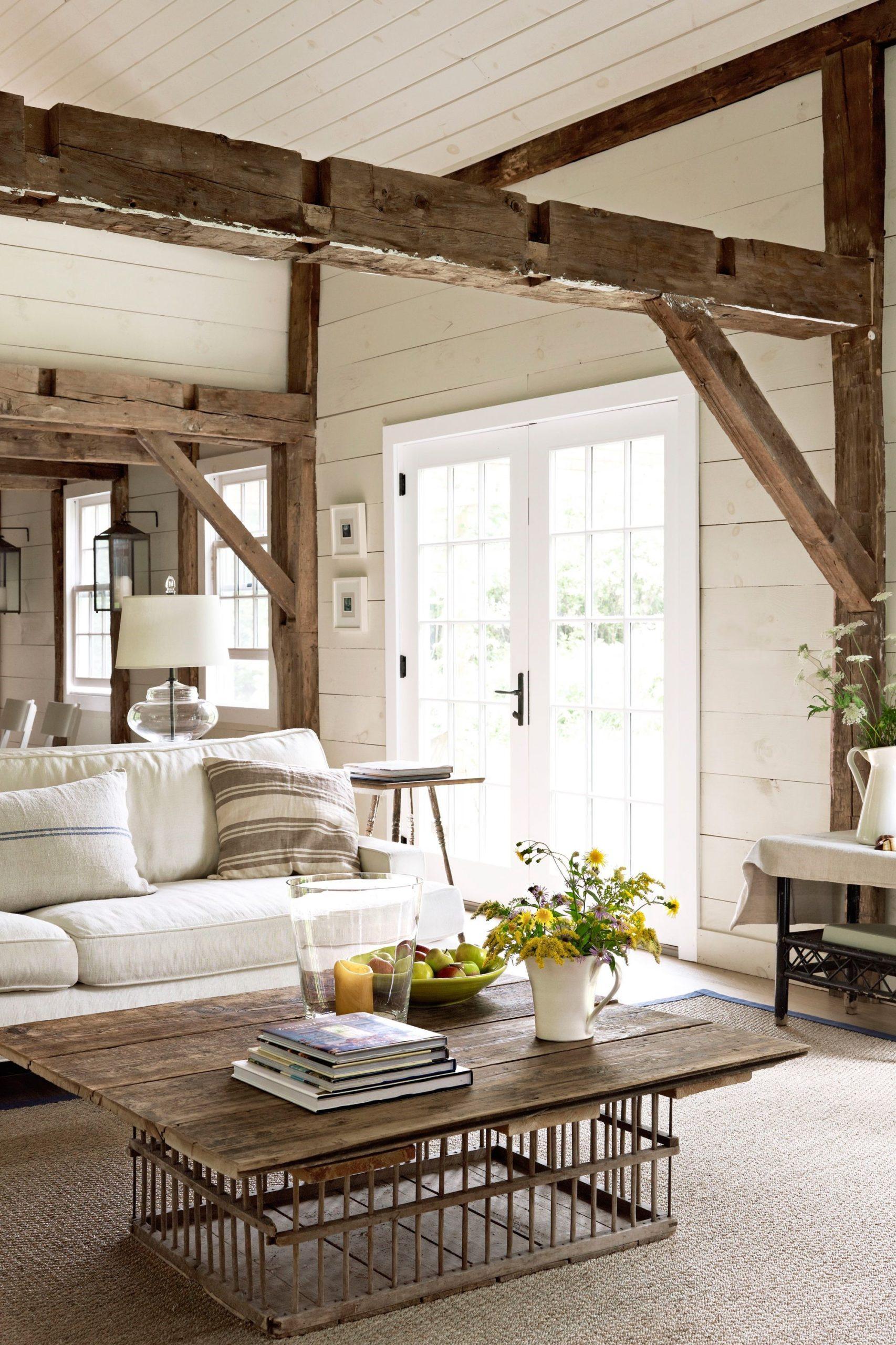 Un salon rempli de vos objets préférés est un salon confortable.