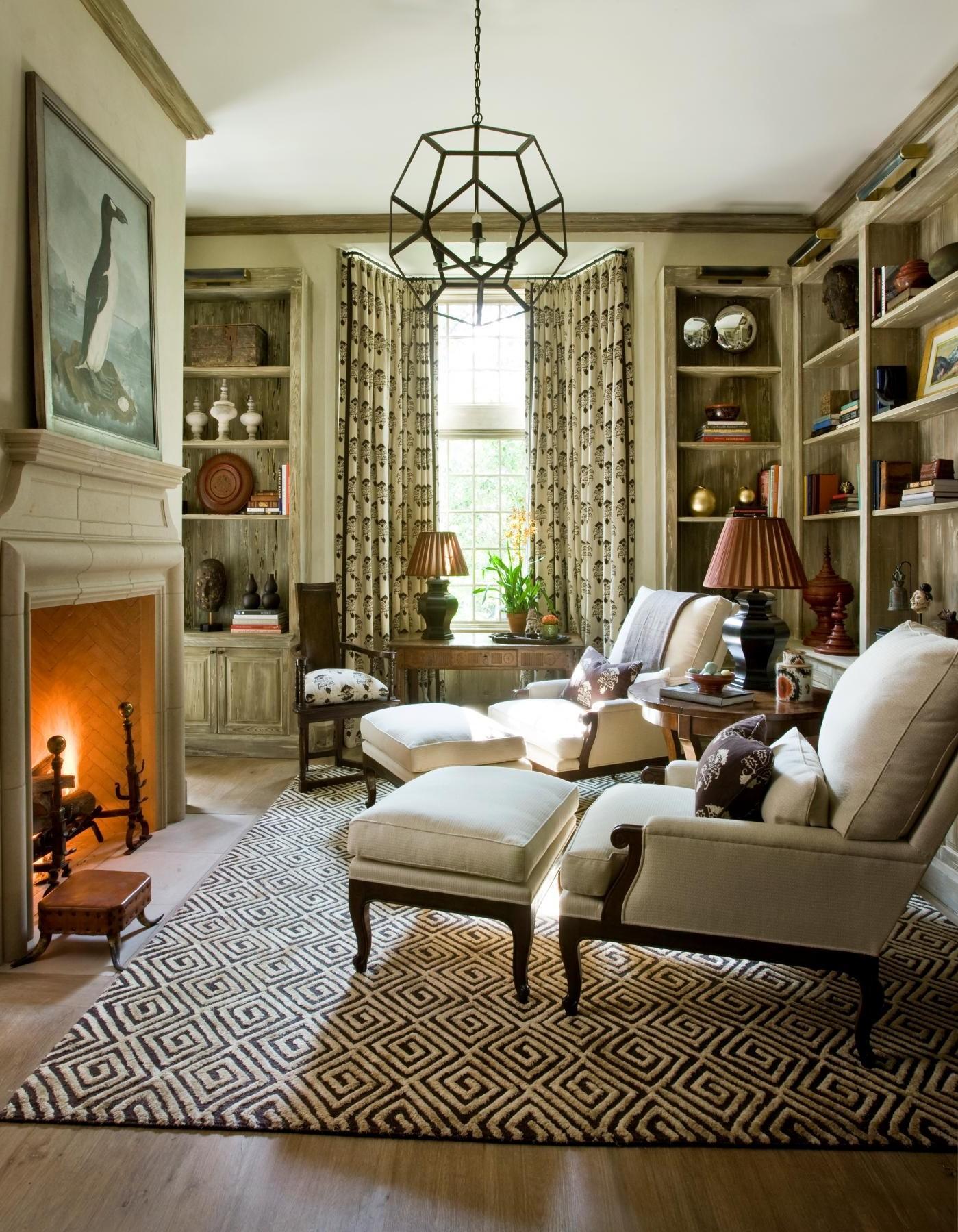 Les sols en carrelage ou en bois sont populaires dans les conceptions modernes et contemporaines, mais vous ne pouvez pas battre un tapis pour réchauffer un sol froid.