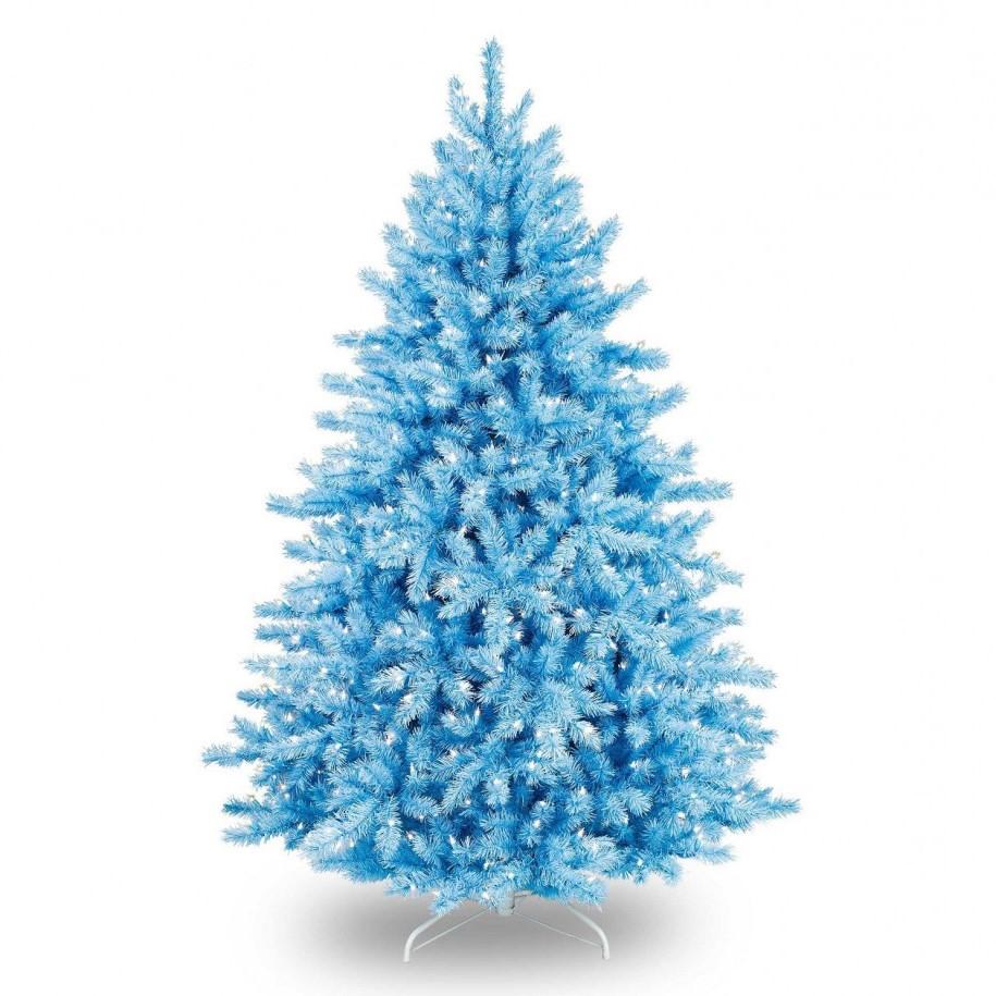 Achetez un arbre de Noël bleu et décorez-le avec des ornements blancs.