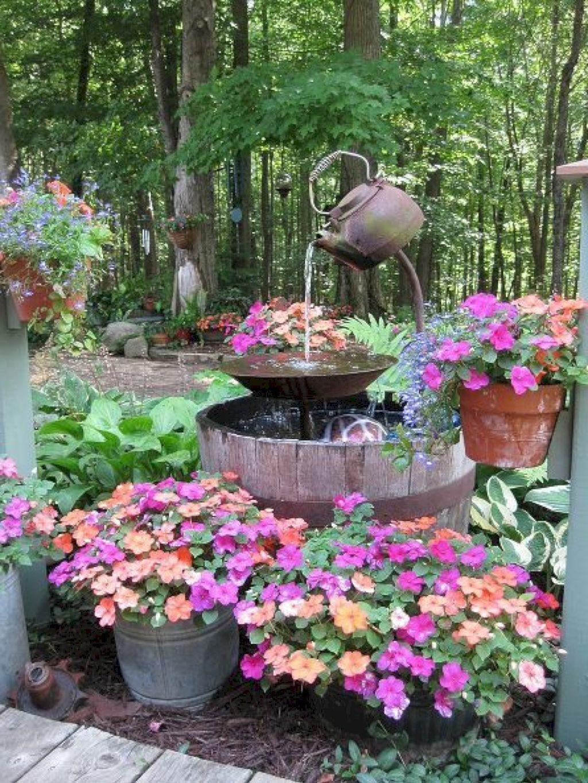 Fontaine créative pour votre jardin.
