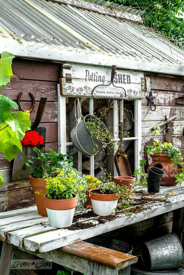 Bricolage de jardin: Station de rempotage facile pour votre jardin.