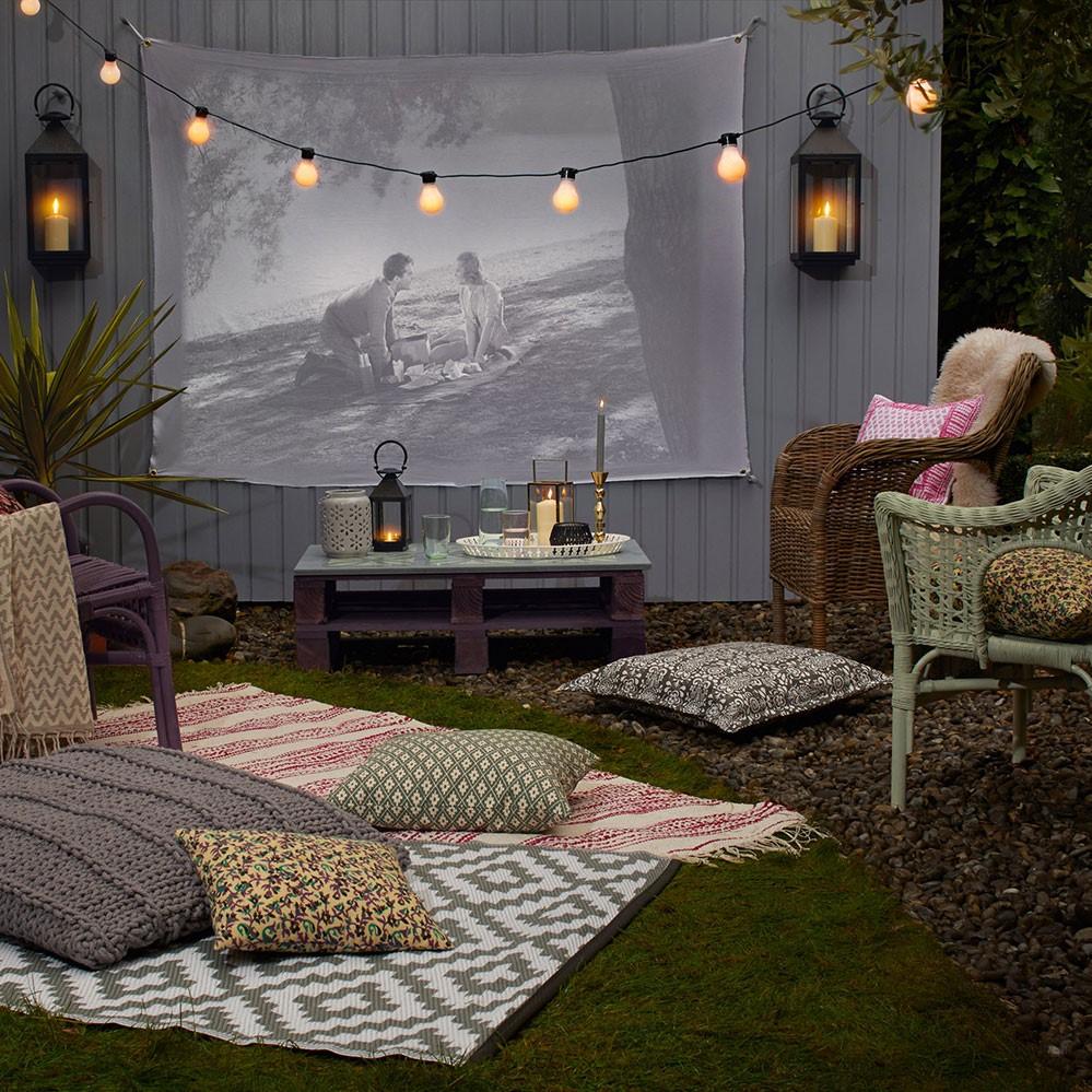 Bricolage pour jardin: cinéma en plain air.