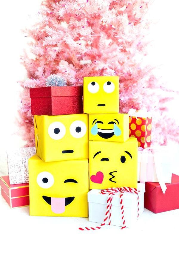 Idée d'emballage cadeau Emoji.