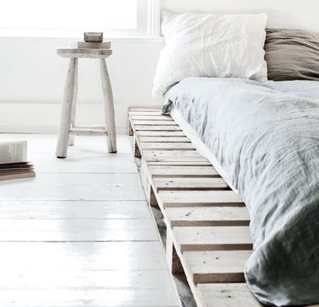 Déco en palette pour votre chambre à coucher.