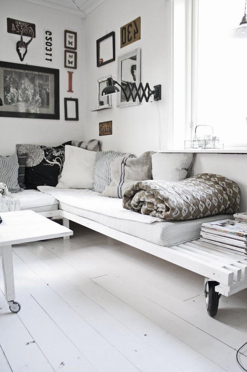 Canapé en palette pour votre maison.