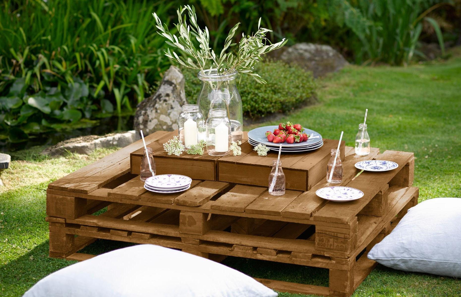 Déco en palette: table de pique-nique.