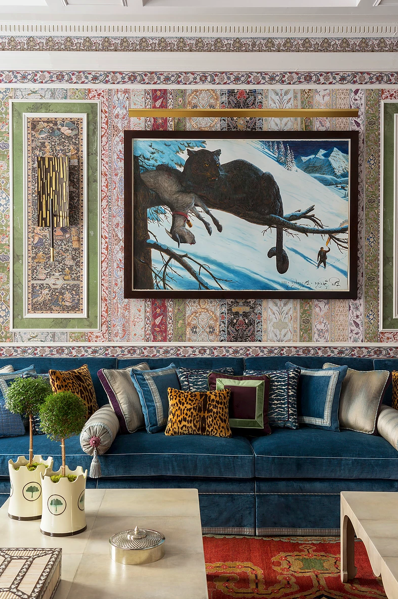 Exprimez votre style unique avec le décor éclectique de ce magnifique salon.