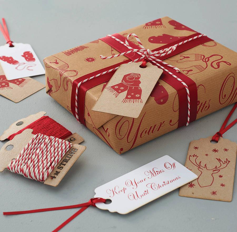 Déco de Noël GiFi: papier cadeau de Noël.