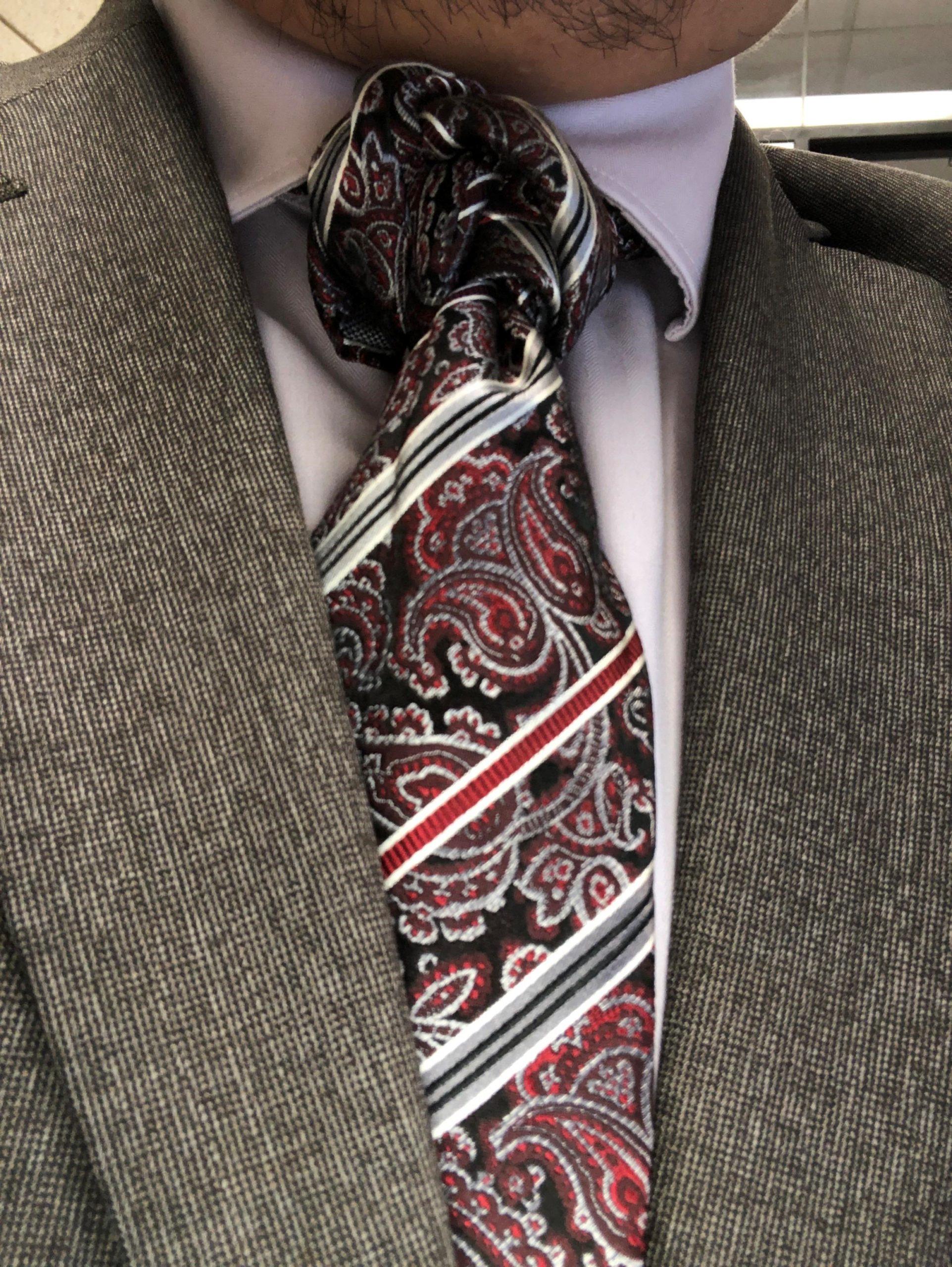 Cravate élégante et moderne.